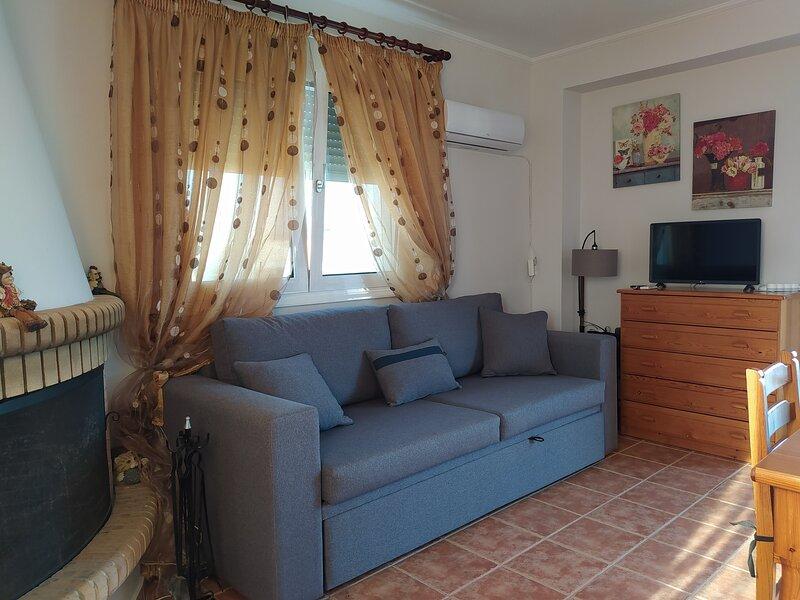 Dinas Studio With Terrace And Wonderful Views, holiday rental in Zipari