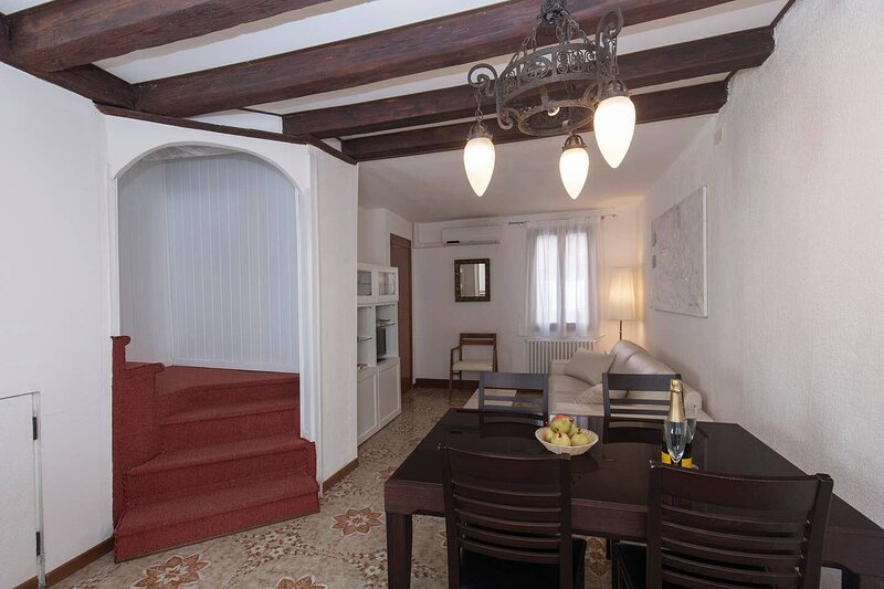 Beautiful apartment in Venezia, holiday rental in Lido di Venezia