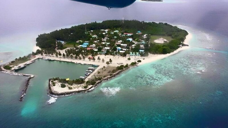 Sand Inn Residence Deluxe Twin Room 101, holiday rental in Kamadhoo