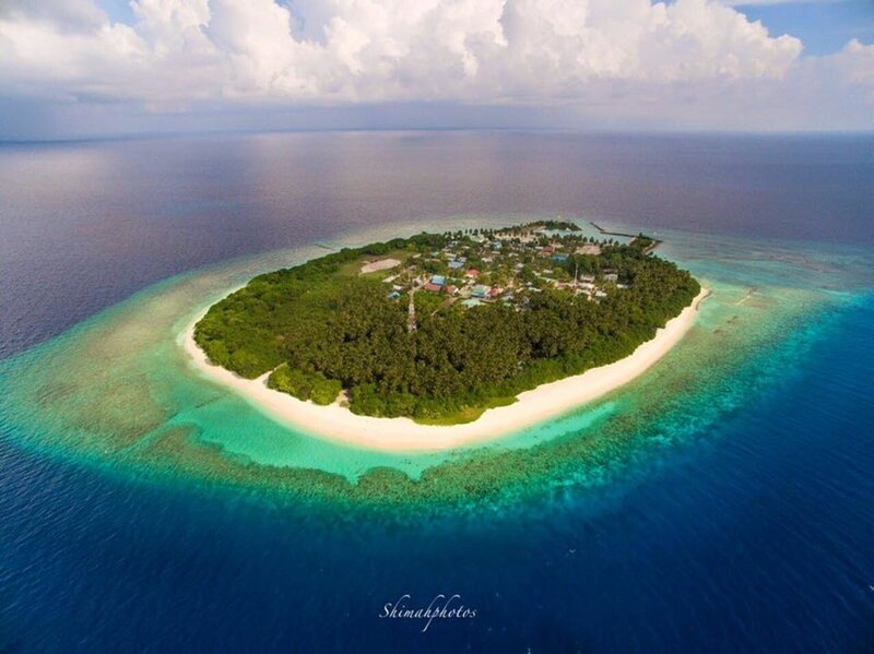 Sand Inn Residence Deluxe Twin Room 106, holiday rental in Kamadhoo
