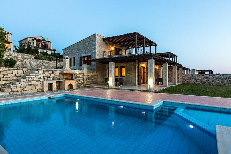 Villa Poseidon Lefkogis, holiday rental in Lefkogia