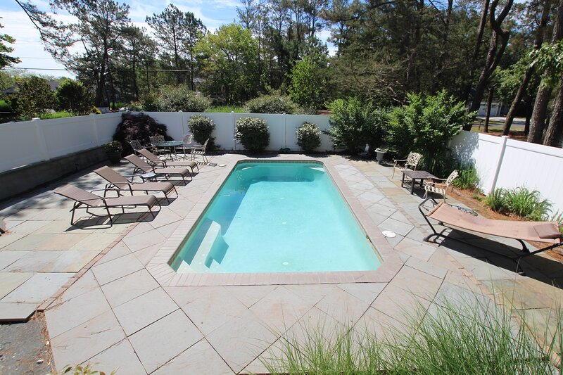 Private Resort Living in Exclusive North Shores Community!, location de vacances à Rehoboth Beach