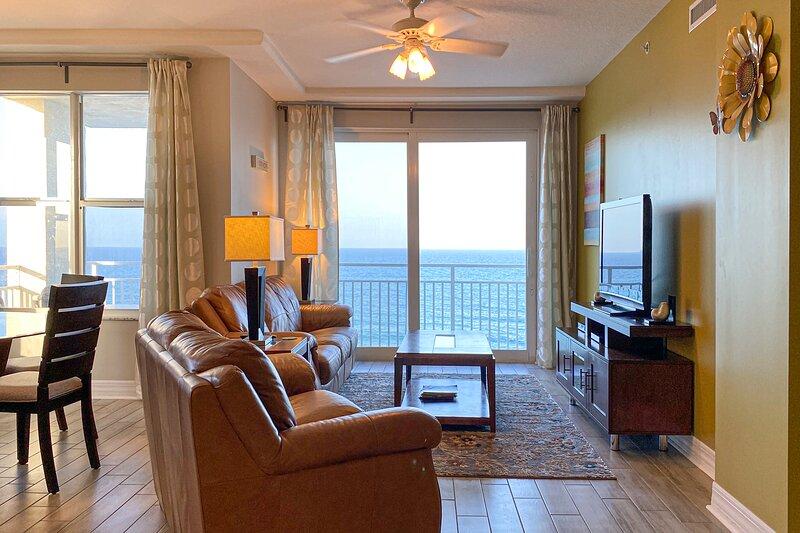 Daytona Beach Luxe Oceanfront 3 beds 3 baths, holiday rental in Daytona Beach
