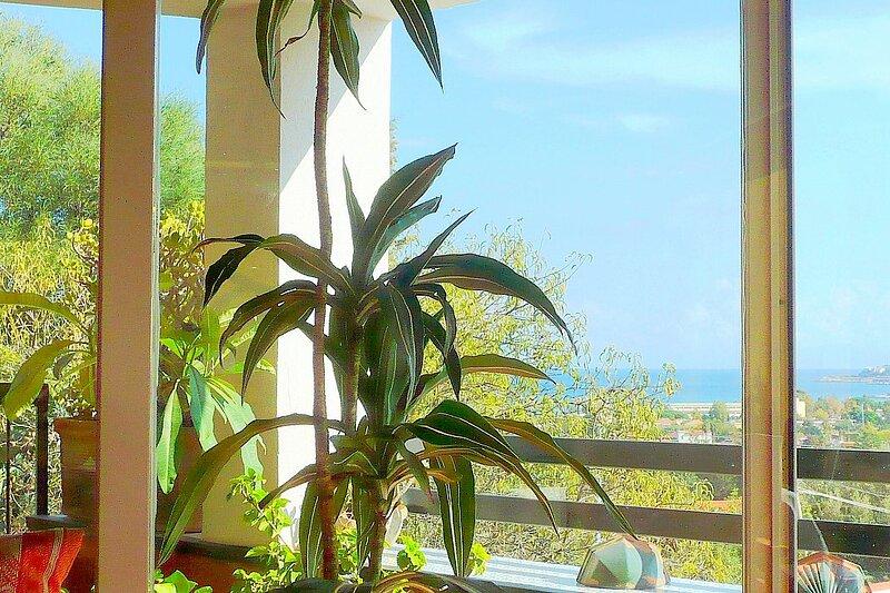 Partanna Mondello Holiday Home Sleeps 7 with Air Con - 5882126, vacation rental in Raffo