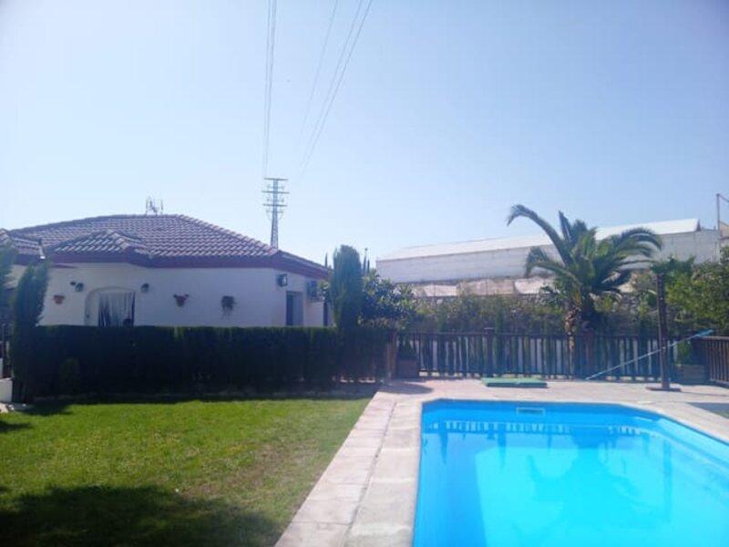 Casa rural con encanto a los pies de Ronda, alquiler de vacaciones en Ronda