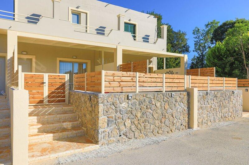 Senses Suite Tessera: Luxury, renovated Apartment in Corfu, holiday rental in Dassia