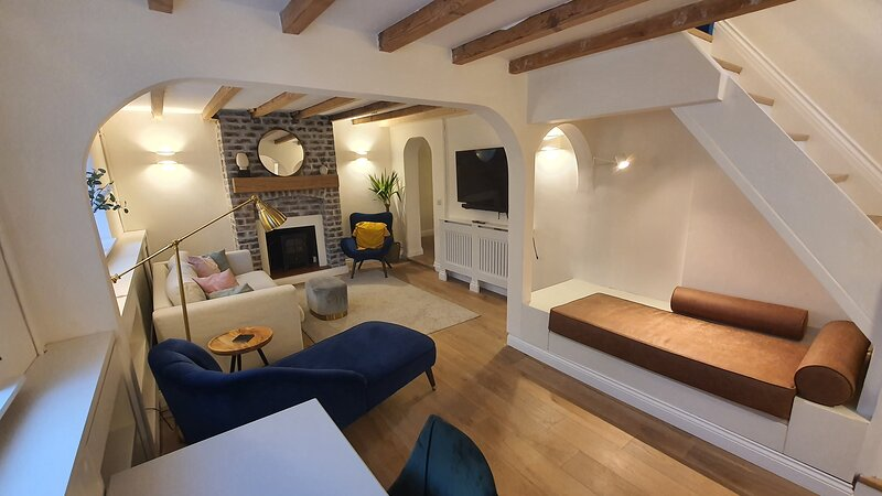 Beautiful House And Elevated Garden In Bridgnorth, holiday rental in Upton Cressett