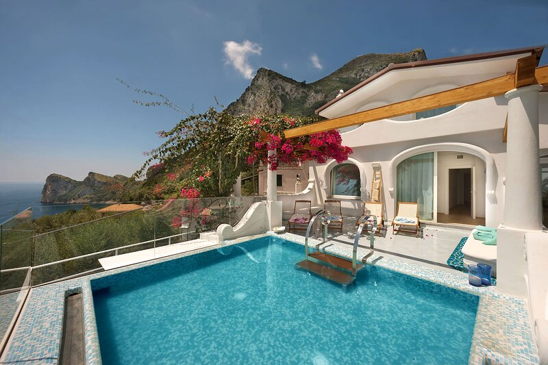 Villa Torres, holiday rental in Sirenuse
