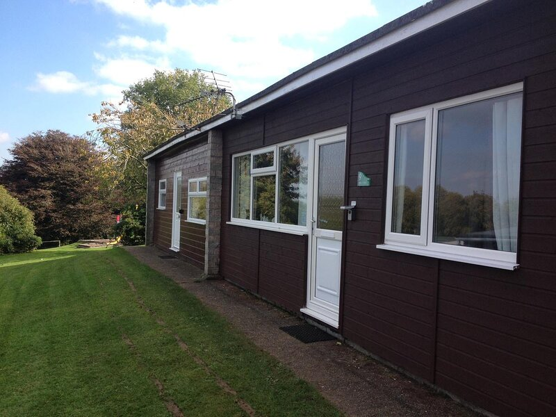 2 Bedroom lodge located in family holiday park in Bideford Bay – semesterbostad i Bucks Cross
