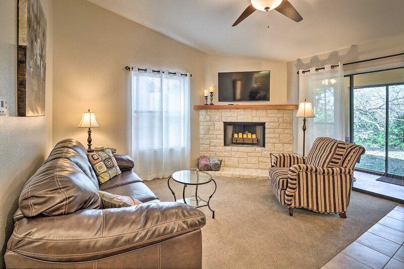 NEW! Chic Southwestern Escape: 1 Mi to Dtwn Salado, holiday rental in Harker Heights