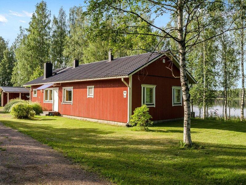 Villa blanca, holiday rental in Ahmovaara