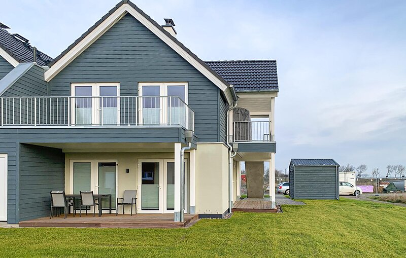 Awesome apartment in Büsum with Sauna and 2 Bedrooms (DSH034), holiday rental in Büsum