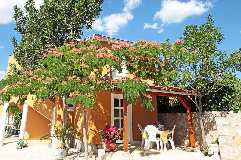 Holiday house Vinjerac, vacation rental in Slivnica