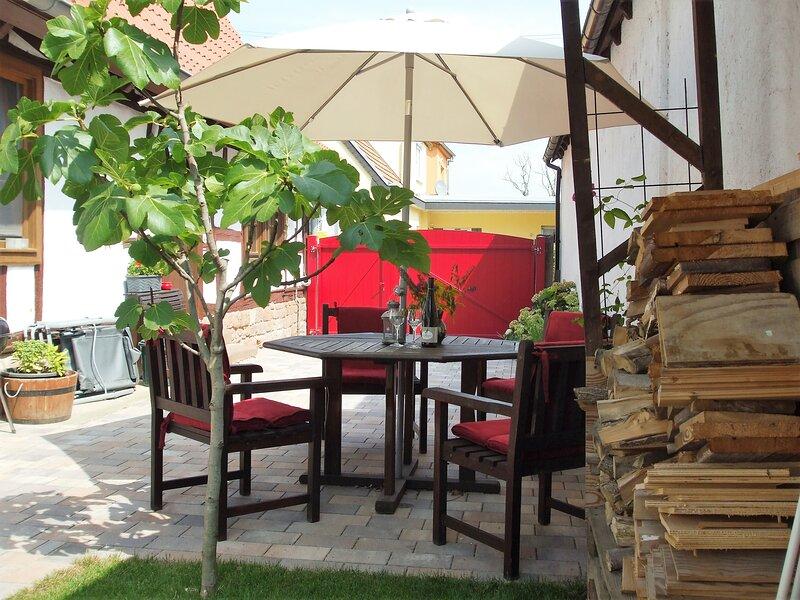 3Sterne Fachwerk Ferienhaus in der Südpfalz, holiday rental in Rhodt unter Rietburg