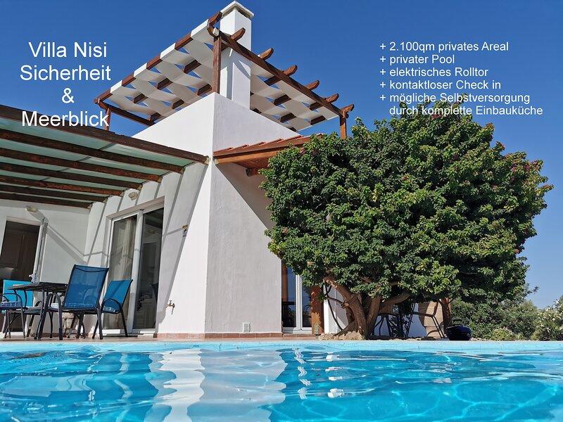 Freistehendes, ruhiges und ebenerdiges Ferienhaus mit 100 m² auf 2.100 m² Grund, aluguéis de temporada em Agia Paraskevi
