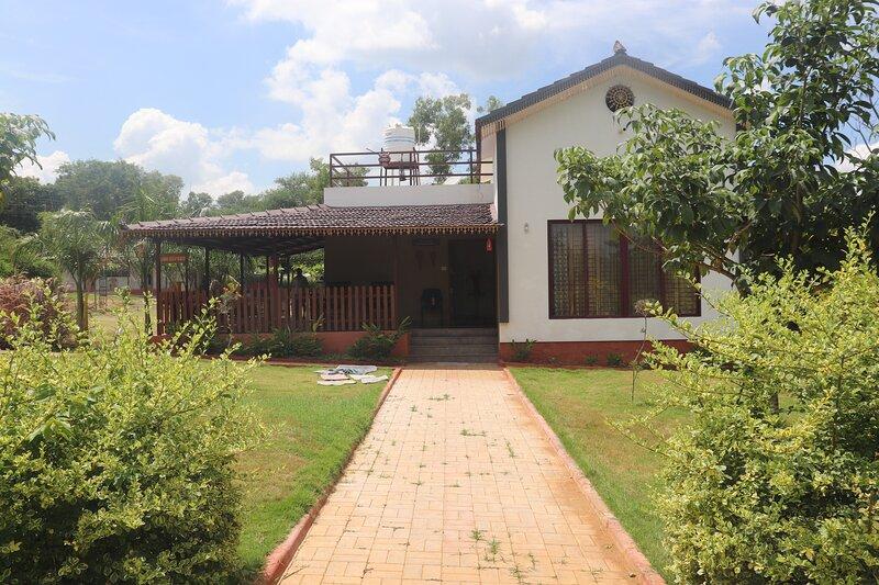 1000SILVERS-Farm Stay, aluguéis de temporada em Kochanahalli