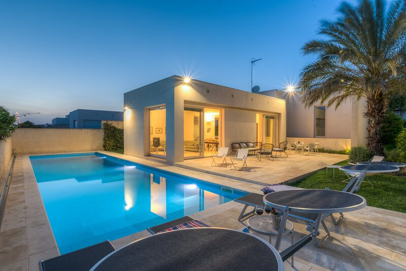Euterpe, villa with pool close to the centre of Marina di Ragusa, holiday rental in Camemi