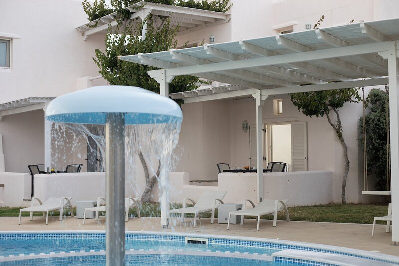 Naxos Relaxing Pool View Maisonette 4, vacation rental in Agios Prokopios