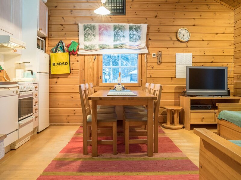 Lomaylläs h109 /pistopolku 1 a, holiday rental in Kolari