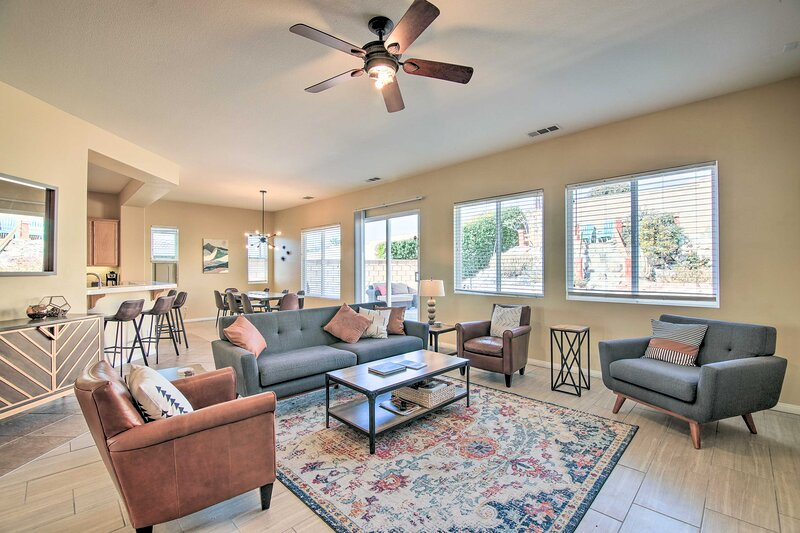 NEW! Desert Escape w/ Outdoor Oasis: 12 Mi to Dtwn, vacation rental in Desert Hot Springs