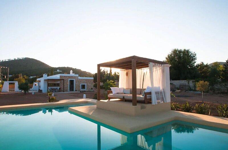 Villa - 2 Bedrooms with Pool and WiFi - 109087, holiday rental in Es Codolar