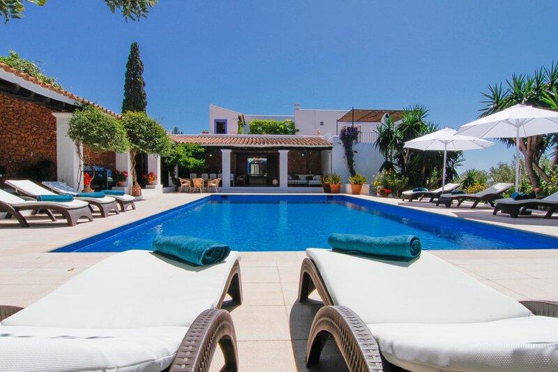Villa - 6 Bedrooms with Pool and WiFi - 109007, casa vacanza a San Carlos