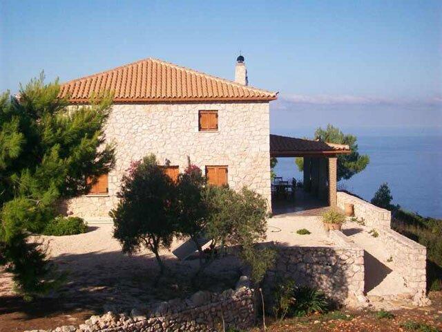 Villa Anastasia - Breathtaking views on 80ha estate, alquiler vacacional en Anafonitria