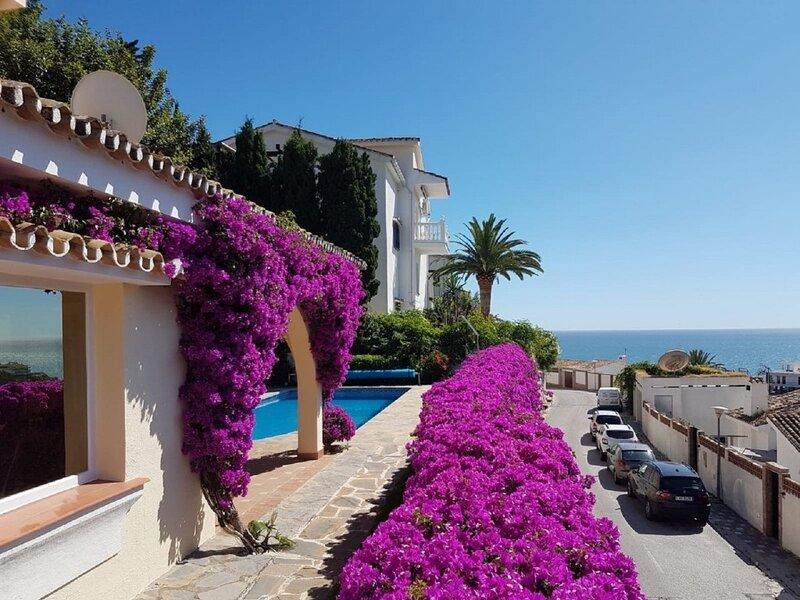 Casa con Piscina y BBQ Ibiza, holiday rental in Playa d'en Bossa
