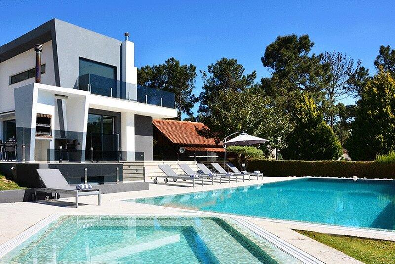 Villa Morena, aluguéis de temporada em Charneca da Caparica