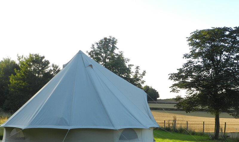 Cosy 1-Bed Bell Tent, casa vacanza a Dilwyn