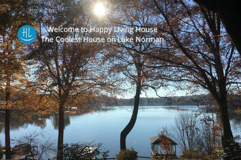 Happy Living House, location de vacances à Sherrills Ford