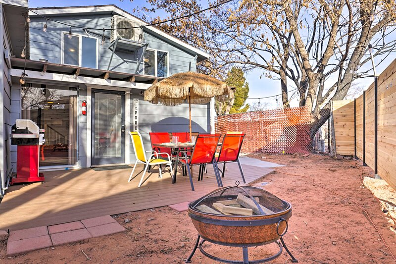 Page Getaway w/ Patio: 8 Minutes to Lake Powell!, vacation rental in Greenehaven