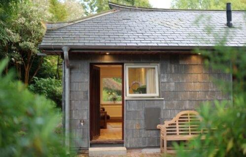 Pinetum Garden Cottages - Moongate 5, vacation rental in Rescorla