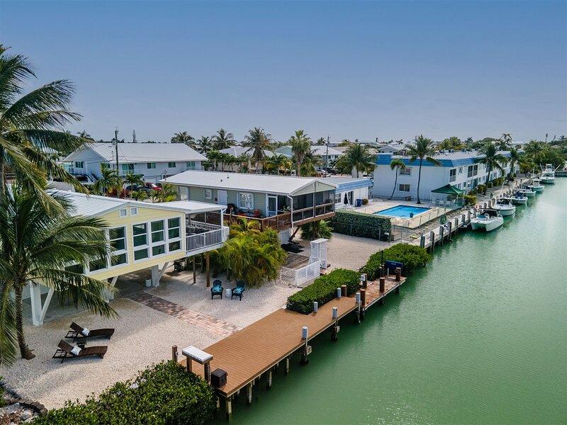 Angler`s Retreat 3bed/2bath updated single family with dockage, alquiler de vacaciones en Marathon Shores