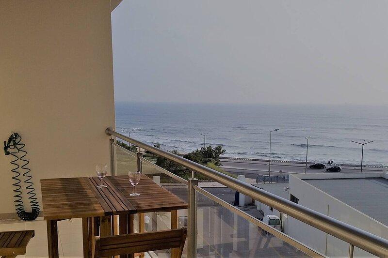 Atlantic Beachside Apartment in Figueira da Foz, alquiler de vacaciones en Figueira da Foz