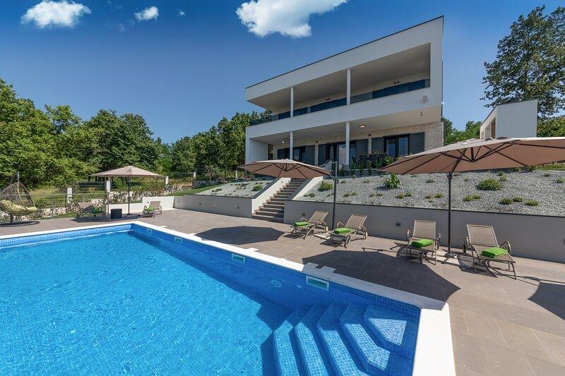 Villa Althea - Four Bedroom Villa with Private Pool, casa vacanza a Ruzici