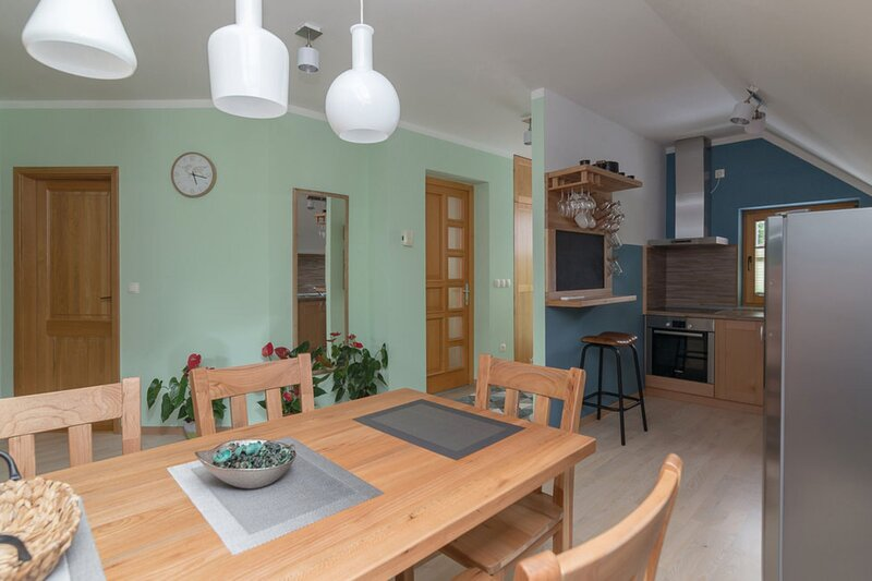 Apartment Nizka, holiday rental in Zalec