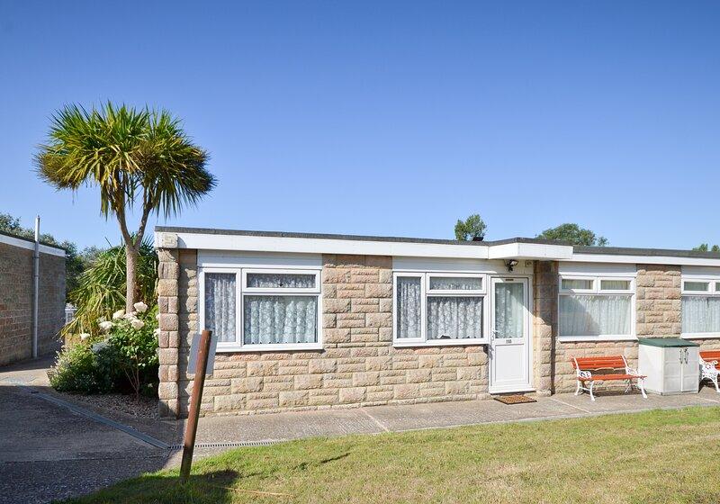 155 Sandown Bay Holiday Park, Yaverland, Sandown, holiday rental in Brading