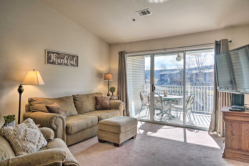 Condo w/ Family Amenities, 3 Mi to Branson Strip!, vacation rental in Point Lookout