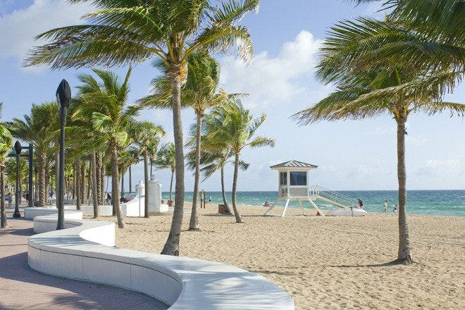Designer/Modern 1 bedroom/1 bath apartment Beachside, alquiler de vacaciones en Fort Lauderdale