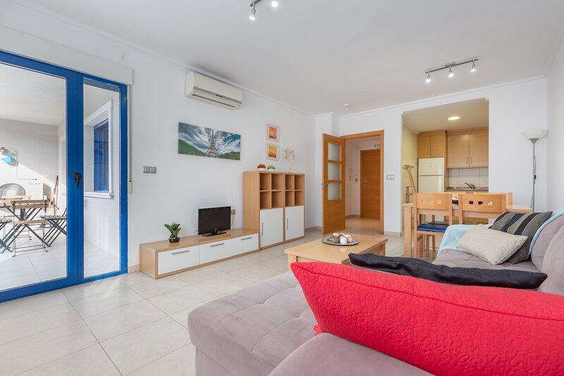 Alicante Hills Larger 2 Bed Apartment, location de vacances à Cocentaina