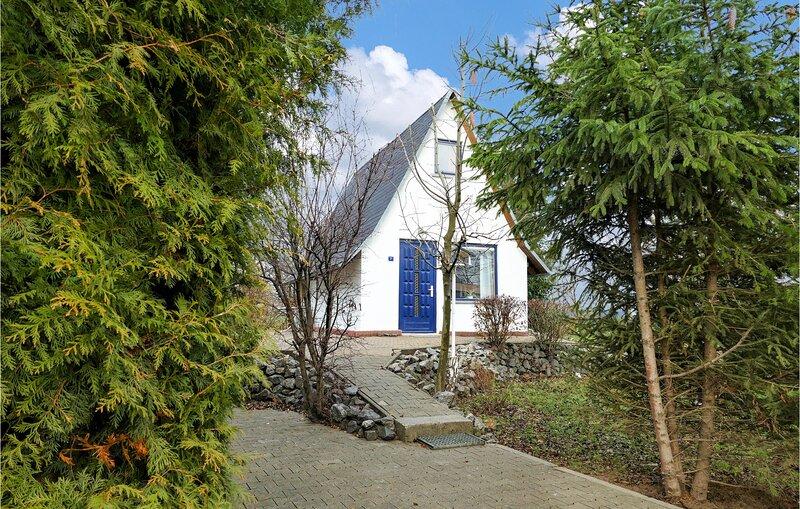 Nice home in Wernigerode with 2 Bedrooms (DAN238) – semesterbostad i Schoeningen