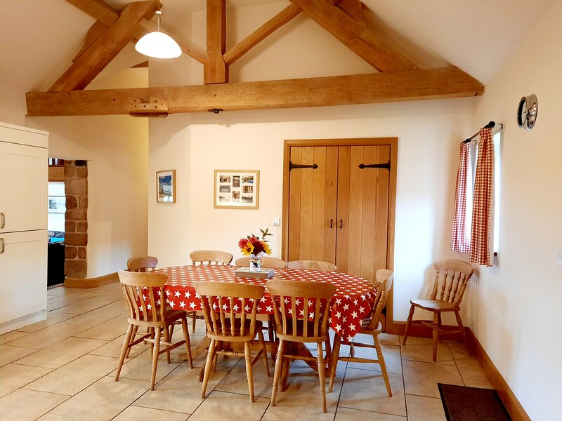 Sambrook Manor Cottages, holiday rental in Edgmond