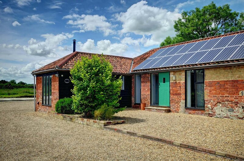 East Green Farm Cottages - The Old Stables, holiday rental in Saxmundham
