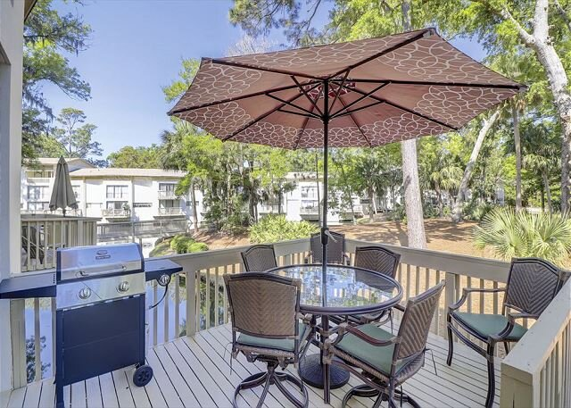 Seascape Villa   Remodeled   Walk to Beach   Coligny Shopping & Dining, holiday rental in Daufuskie Island