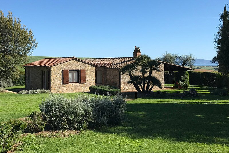 Stazione di Alberese Villa Sleeps 2 with Pool Air Con and WiFi - 5882133, vakantiewoning in Magliano in Toscana