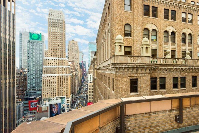 NYC Escape! Modern Unit, Restaurant, Private Parking, Pet-friendly, Bar, location de vacances à Hoboken