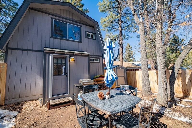 Crazy Bear Cabin, holiday rental in Sugarloaf