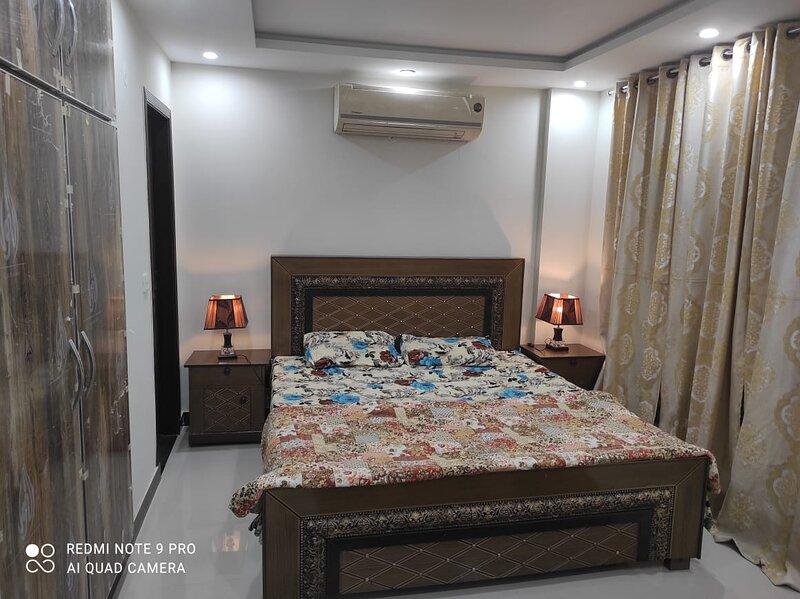 1 Bedroom Full Furnished Apartment, location de vacances à Punjab Province