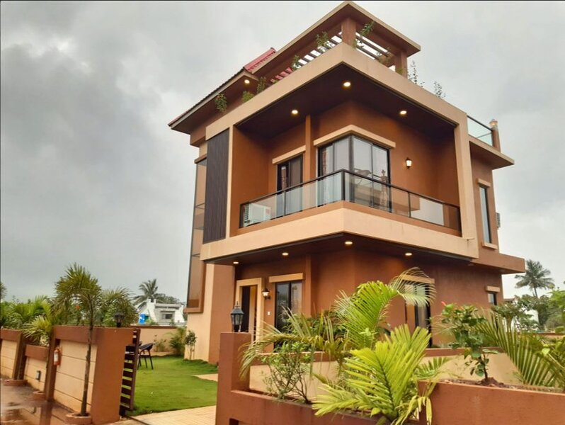 The Beverly Hills - Villa 5, A Villa in a Gorgeous Location., location de vacances à Lonavla
